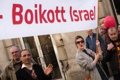 ` De banner van boycotisraël ` bij protestdemonstratie Royalty-vrije Stock Fotografie