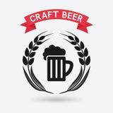 De banner van het ambachtbier mok bier en oren van gerst Royalty-vrije Stock Afbeeldingen