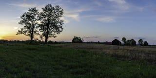 De banner van het plattelandsweb bij zonsondergang royalty-vrije stock foto's