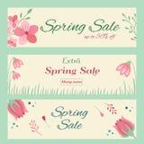De banners van de de lenteverkoop met hand getrokken bloemenornament Royalty-vrije Stock Fotografie