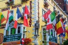 De bar en het kosthuis van Oliver St John Gogarty, dichtbij Tempelbar, in Dublin Ireland stock afbeelding