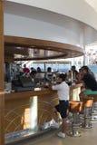 De bar van het cruiseschip Stock Fotografie