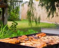 De Barbecue van de binnenplaats Royalty-vrije Stock Foto's