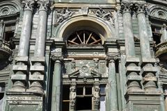 De barokke voorgevel van de Heroplevingsarchitectuur Stock Afbeelding