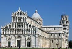 De Basiliek en de toren van Pisa Stock Foto