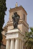 De Basiliek Santa Maria Assunta van La en het Grote Gedenkteken van de Oorlog Stock Afbeelding