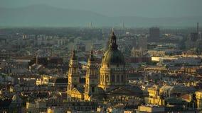 De basiliek van heilige Istvan over de stad van Boedapest Stock Afbeeldingen