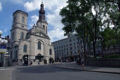 De Basiliek van Notre Dame Stock Afbeeldingen