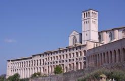 De basiliek van San Francesco in Assisi stock afbeeldingen