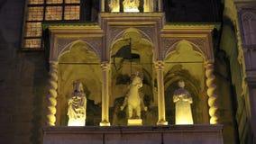 De Basiliek van Santa Maria Maggiore is een kerk in Bergamo, de portiek van Giovanni da Campione stock foto's