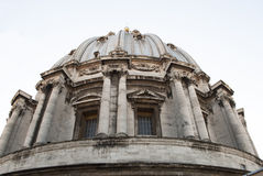 De Basiliek Vatikaan van Heilige Peter van de Koepel van Michelangelo Royalty-vrije Stock Afbeelding