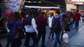 De Bazaar van de Besiktasstraat, Istanboel, Turkije stock footage