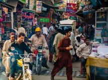 De Bazaar van Rawalpindi, Pakistan stock foto