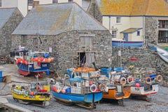 De Beached vissersvloot Van Cornwall Royalty-vrije Stock Foto's