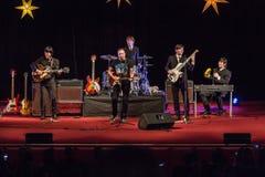 De Beatles-Heropleving die op 23 van December presteren royalty-vrije stock foto
