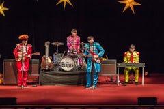 De Beatles-Heropleving die op 23 van December presteren stock foto