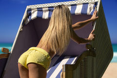 De bedelaar van de sexy vrouw. Stock Afbeelding