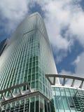 De bedrijfs bouw in moderne stad Royalty-vrije Stock Afbeeldingen