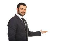 De bedrijfs mens nodigt u uit om toe te treden Royalty-vrije Stock Foto's