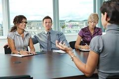 De bedrijfs mensen bij baan interviewen Royalty-vrije Stock Foto