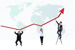 De bedrijfs mensen profiteren grafiek Stock Foto's
