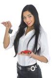 De bedrijfs vrouw adverteert het verkopen van de auto's Stock Afbeelding
