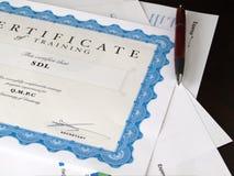 Certificaat en andere documenten royalty-vrije stock afbeelding