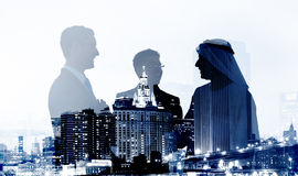De bedrijfsmensen behandelen de Samenwerkingsconcept van Overeenkomstenpartners Royalty-vrije Stock Foto's