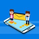 De bedrijfsmensen bevinden zich op Groot het Netwerk van de Communicatie van de Cel Slim Telefoon Sociaal de Envelopbericht Man V Royalty-vrije Stock Afbeeldingen