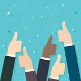 De bedrijfsmensen die vele duimen houden beduimelen omhoog Zaken vlakke ve royalty-vrije illustratie