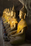 De beelden van Boedha in het Hol van Khao Luang Stock Fotografie