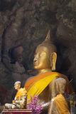 De beelden van Boedha in het Hol van Khao Luang Stock Foto's