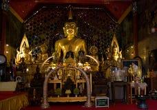 De beelden van Boedha in Wat Phrathat Doi Suthep, Thailand Stock Fotografie