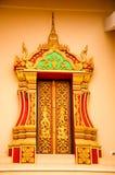 De beeldhouwwerkdeur in Vientiane-tempel Laos Stock Foto
