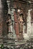 De beeldhouwwerken in angkor van Kambodja Stock Afbeelding
