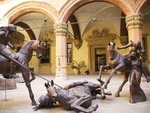 De Beeldhouwwerken van het metaal in Palazzo   Royalty-vrije Stock Fotografie