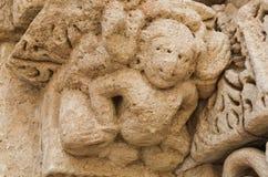 De Beeldhouwwerkendetails van de steenmuur van gfw w Stock Foto's