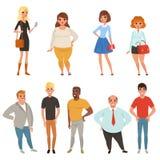 De beeldverhaalinzameling van jonge en volwassen mensen in verschillend stelt Mannen en vrouwenkarakters die vrijetijdskleding dr vector illustratie