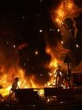 De beeltenissen branden tijdens de jaarlijkse Viering van Las Fallas, Valencia, Spanje royalty-vrije stock afbeelding