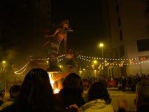 De beeltenissen branden tijdens de jaarlijkse Viering van Las Fallas, Valencia, Spanje royalty-vrije stock afbeeldingen