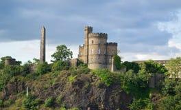 De begraafplaats en obelisk Edinburgh van Calton stock foto's