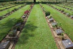 De Begraafplaats van de Oorlog van Kanchanaburi stock foto's