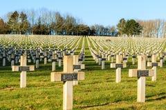 De begraafplaats van Franse militairen van Wereldoorlog 1 in Targette stock afbeelding