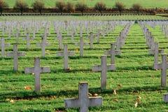 De begraafplaats van Franse militairen van Wereldoorlog 1 in Targette stock foto's