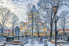 De begraafplaats van Nikolskoye Sinterklaas van Alexander Nevsky-lavra Stock Afbeeldingen