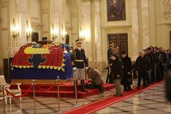 De begrafenis van Koning Michael I van Roemenië royalty-vrije stock foto
