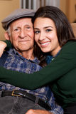 De bejaarde Hogere Kleindochter van de Grootvader en van de Tiener Royalty-vrije Stock Foto
