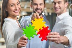 De bekwame partners zijn bereid samen te werken Stock Afbeeldingen