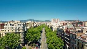 De belangrijke straat van Barcelona stock video