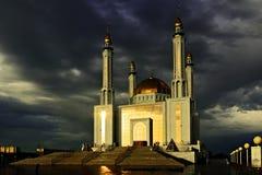 De Belangrijkste Moskee in Aktobe Stock Fotografie